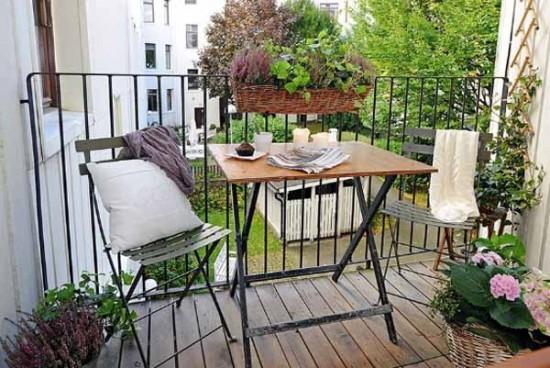 Idee per decorare il terrazzo in estate e primavera